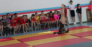 Соревнования по спортивной акробатике